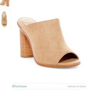 NIB Joie clementine mule/sandal